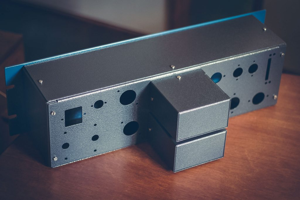 pultec-eqp1a-tube-program-equalizer-diy-by-analogvibes-mounted-back