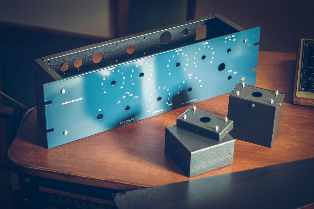 pultec-eqp1a-tube-program-equalizer-diy-by-analogvibes-unmoundet-front