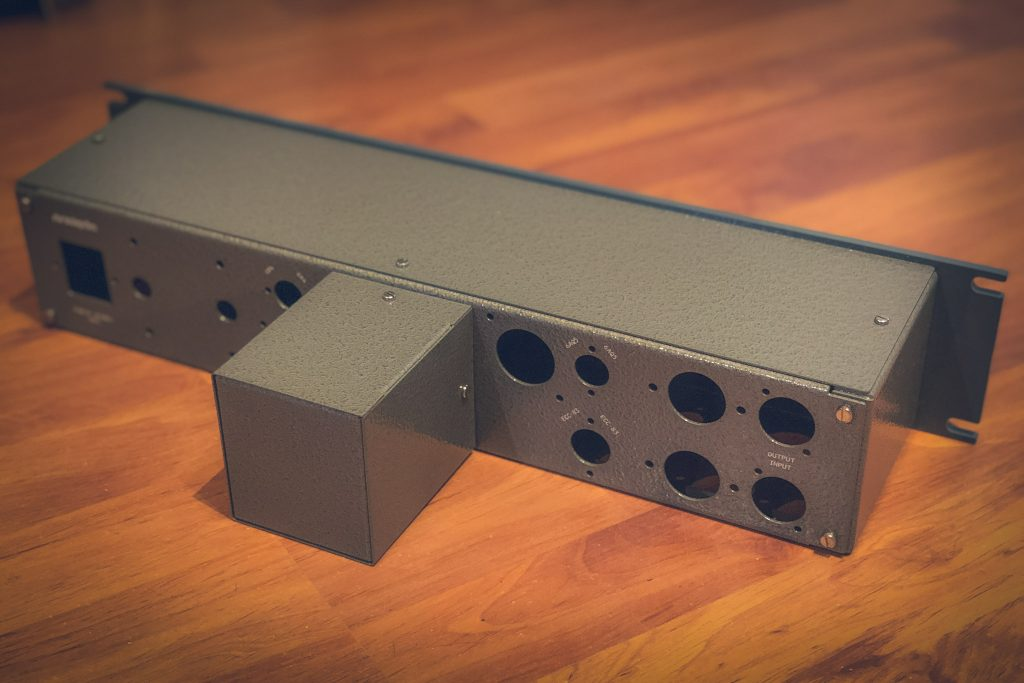 pultec-meq5-mid-range-equalizer-diy-analogvibes-printed-back